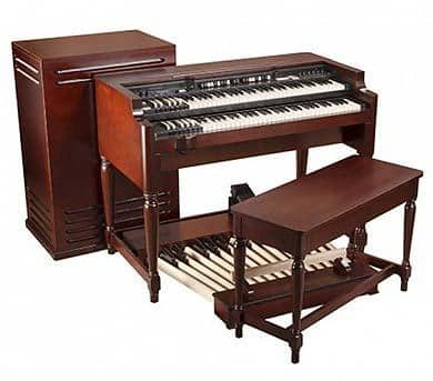 The Hammond B-3 Organn with a Leslie Speaker Cabinent